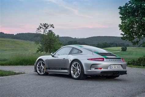 porsche 911 r 2016 porsche 911 r drive review motor trend