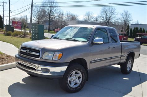 2001 toyota tundra 5 speed manual low miles frame rust no reserve