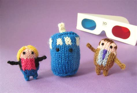 tiny knitted things 20 unbelievably tiny knitted and crocheted things