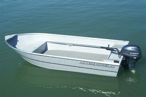18 foot aluminum boat alumaweld premium welded aluminum fishing boats for sale