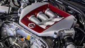 nissan gt  track pack uk engine wallpaper