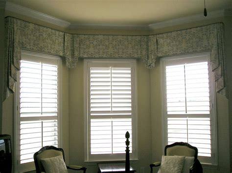 Livingroom Valances | cool window valance ideas for room interior decorating design home improvement inspiration