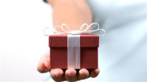 send a gift 5 ways to send real gifts to your friends
