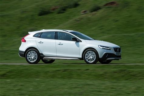 volvo    cross country nav  dr leasing deals plan car leasing