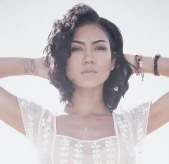 Living Room Flow Jhene Chords Nouveau Jhen 233 Aiko Living Room Flow Bstar
