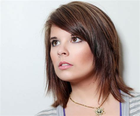 www medium medium short length hairstyle light brown medium length