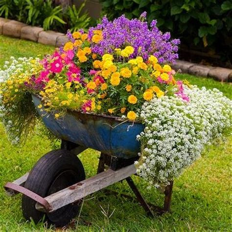Outdoor Flower Decorations by Top 14 Outdoor Flower Decor Ideas Home Garden Diy Project Inspiration Bored Fast Food