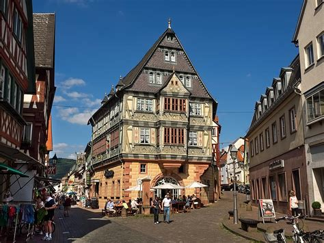PHOTO: Gasthaus zum Riesen in Miltenberg @VikingRiver