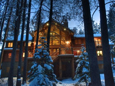 6br 4ba custom built 4000 sqft luxury lodge dans coeur
