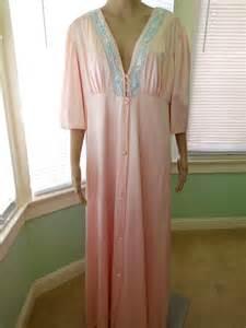 Vanity Fair Nightgown Sets Vintage Vanity Fair Nightgown Robe Set Pink By Seadawlvintage