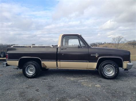 gmc classic truck 1985 chevrolet truck scottsdale gmc truck vintage classic