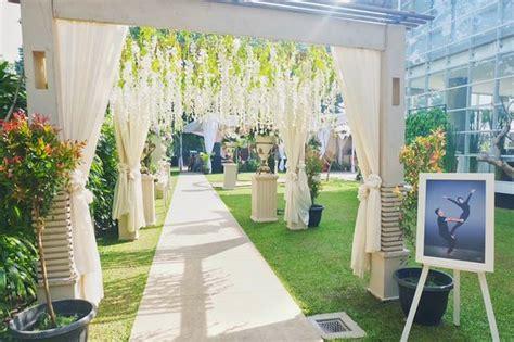 Semi Outdoor Wedding Venue Bandung by Malaka Hotel Wedding Foto Malaka Hotel Bandung