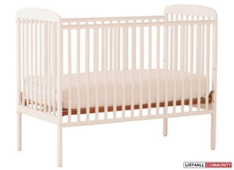 brand new white storkcraft crib kijelich list4all