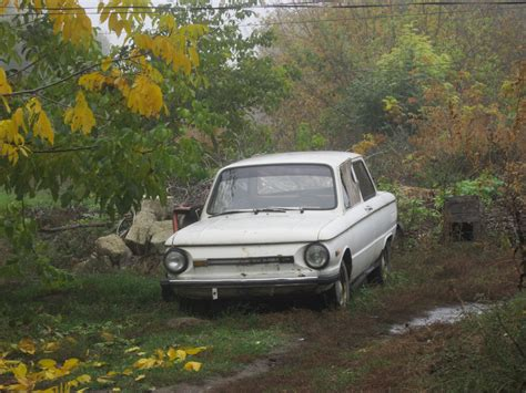 Russisches Auto by Russian Cars Lostpaddle