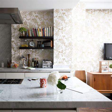 kitchen wallpaper ideas 10 of the best housetohome co uk papel de parede na cozinha figos funghis