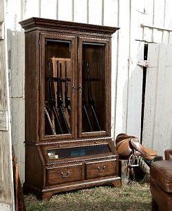 5 Gun Cabinet Homecoming Vintage Walnut Gun Display Cabinet At North