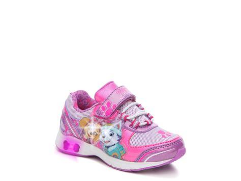 paw patrol light up sneakers nickelodeon paw patrol toddler light up sneaker shoes