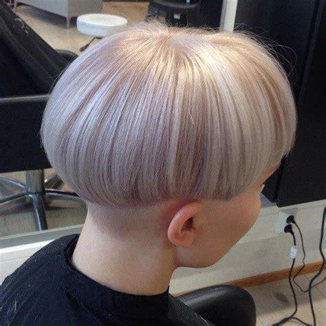 bowl fade haircut 40 ways to rock a bowl cut bowl cut undercut pompadour
