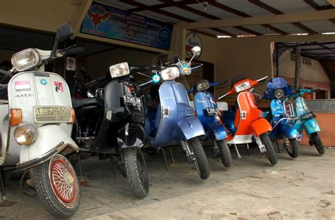 Jam Tangan Vespa Service Genofa aaron snyder oktober 2014