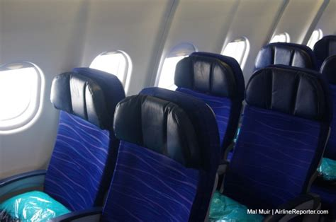 flight review flying economy on an hawaiian airlines