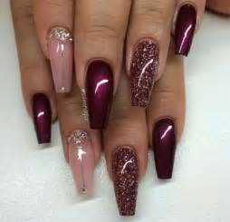 maroon color nails best 25 maroon nails ideas on fall nails