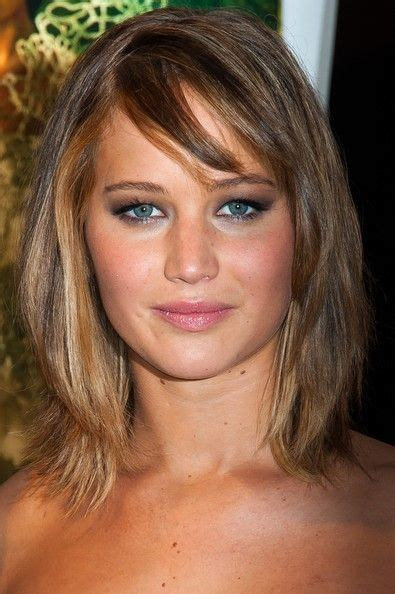 shoulder length hair for women with pear shaped faces jennifer lawrence hairstyles for pear shaped face hair