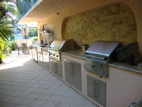 Tropical Outdoor Kitchen Designs Outdoor Kitchen Grill Tropical Patio Miami By Tropical Designs