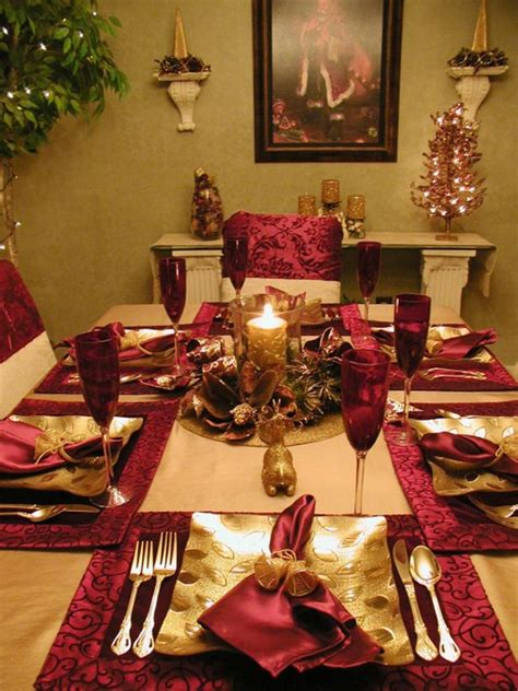 amazing red and gold christmas decor ideas digsdigs