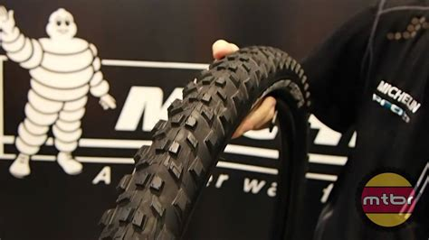 Handgrip R interbike michelin 650b prototype grip r and race r tires