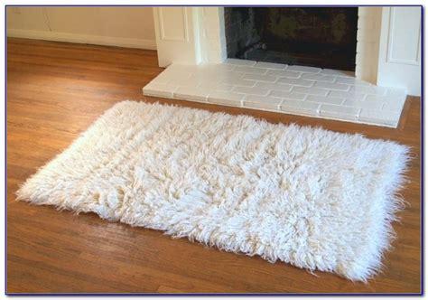 white flokati rug white flokati rug 5x7 rugs home design ideas xk7rpprr8r