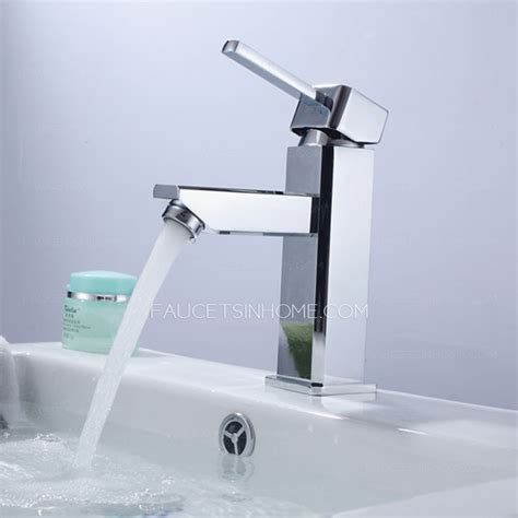Basic Bathroom Faucet Simple Designed Thick Single Handle Bathroom Sink Faucet