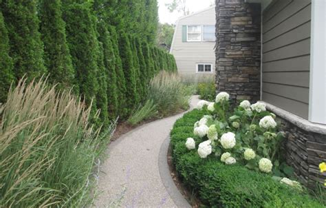 landscaping companies hiring the dos and don ts of hiring a clawson landscaping company