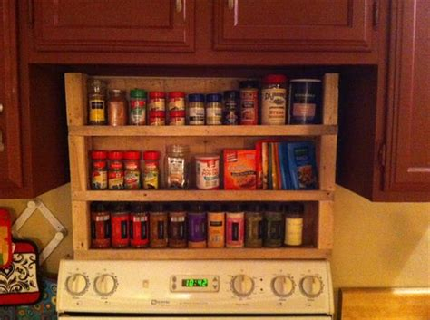 7 Spices To Keep In Your Rack by Diy Wooden Pallet Ideas Pallet Idea