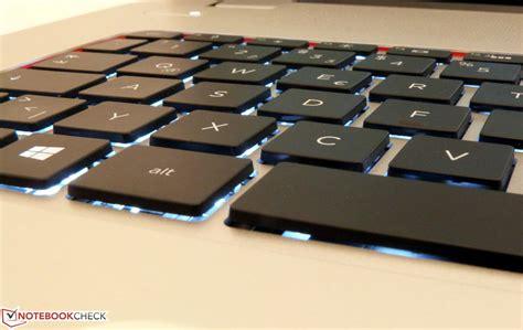 notebook tastiera illuminata recensione completa portatile hp envy 17t j003