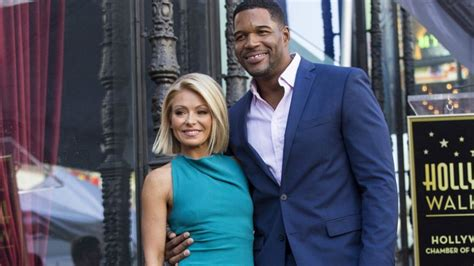 kelly ripa among tvs disposable women after michael michael strahan dishes on relationship with kelly ripa i