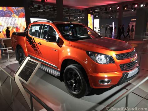 2016 chevy colorado pick up chevrolet colorado pickup revealed in india at 2016 delhi