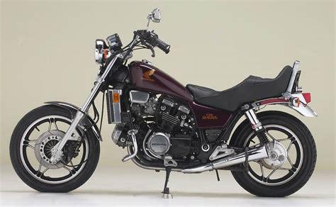 Honda V45 Magna by Corbin Motorcycle Seats Accessories Honda Magna 800