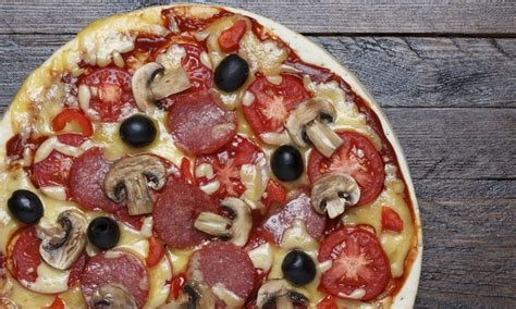 cottage inn pizza deals pizza cottage inn heights groupon