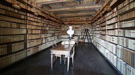 casa leopardi recanati radio 3 biblioteca di casa leopardi a recanati