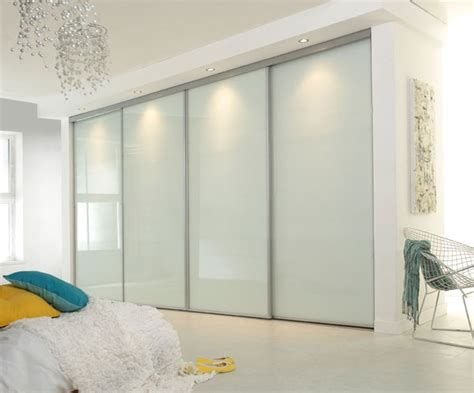 Modern Closet Doors For Bedrooms by Create A New Look For Your Room With These Closet Door Ideas Sliding Wardrobe Doors Wardrobes