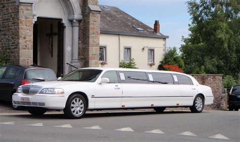 location limousine service limousine