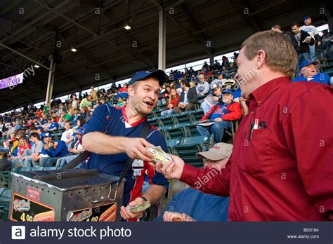 chicago dogs baseball vendor selling dogs during a cubs baseball at wrigley field stock photo