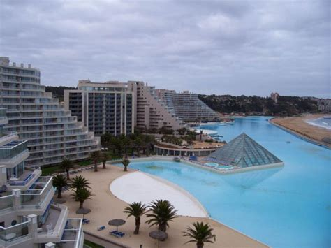 14 images of the largest swimming pool in the world san alfonso del mar resort has the largest swimming pool