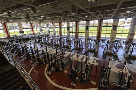 alabama weight room arms race photos of top weight rooms in college football saturday south