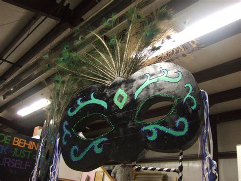 How To Decorate For A Masquerade Themed by Masquerade Masks For Decorations