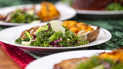 caesar salad with blue cheese and bacon recipe ina barefoot contessa caesar dressing recipe