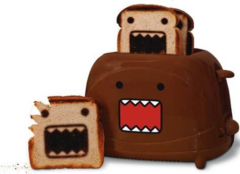 Toaster Makes Domo Toaster Makes Domo Toast Craziest Gadgets