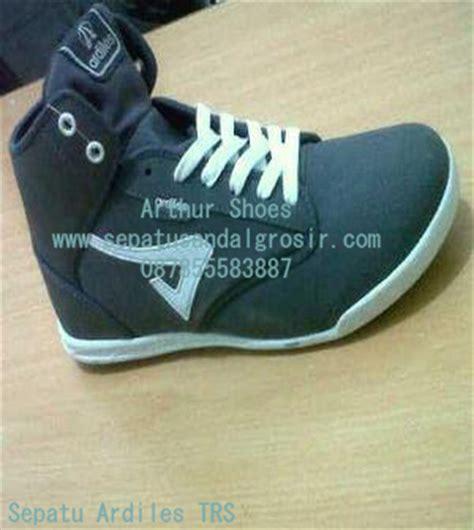 Sepatu Boot Ardiles sepatu ardiles sepatu sekolah grosir sepatu