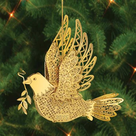 the 2015 danbury mint annual gold christmas ornament the
