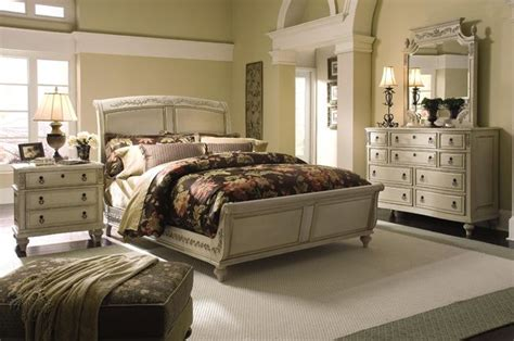 Country Cottage Bedroom Sets by European Country Cottage Bedroom Country Dreams